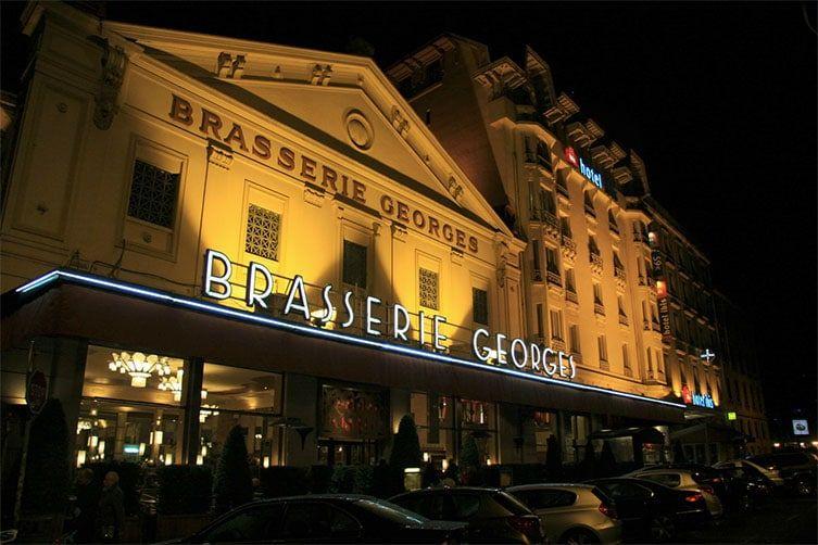 Extérieur de la Brasserie Georges à Lyon