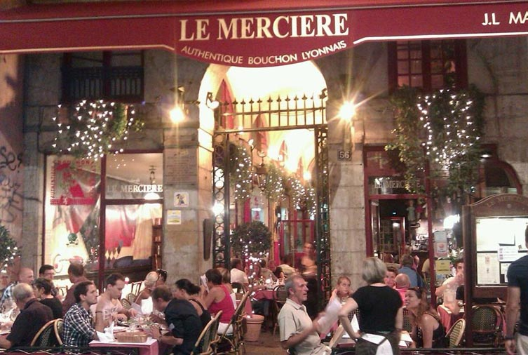 Affluence au restaurant le Mercière à Lyon