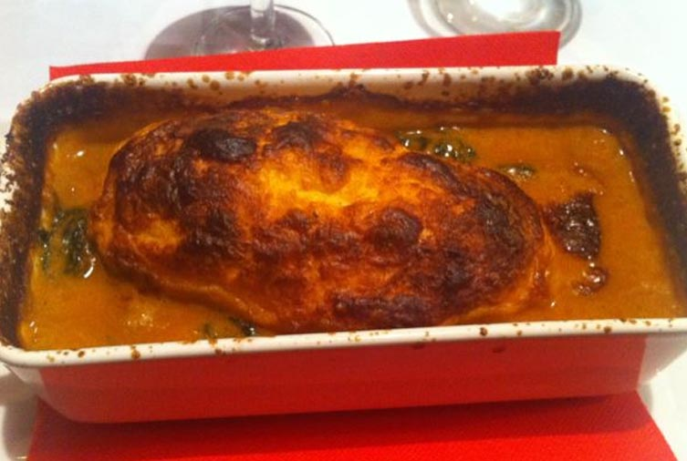 Quennelle de Brochet sauce Nantua du Merciere